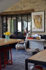 rénovation intérieure avec pose d'une verrière alu noire