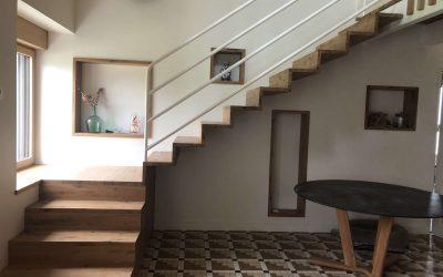 Escalier en chêne et mezzanine originale