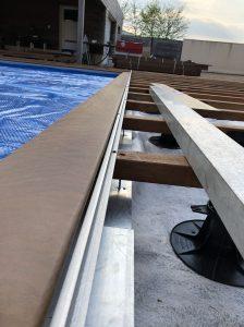 détails rail couverture piscine