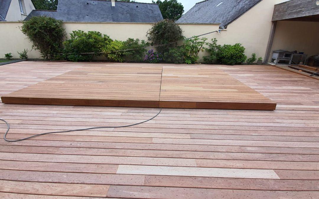 Tour de piscine et couverture(fermée) en bois exotique ipé